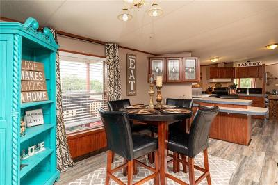Springtown Single Family Home For Sale: 202 Clay Court