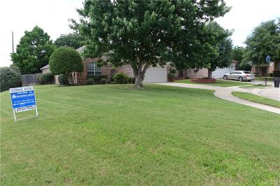 Euless Single Family Home Active Option Contract: 304 Winston Court