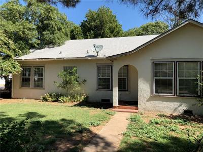 Baylor County Single Family Home For Sale: 800 River Street N
