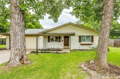 Everman Single Family Home For Sale: 1012 Angela Court