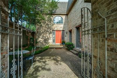 Preston Hollow Single Family Home For Sale: 30 Royal Way