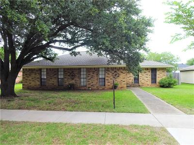 Single Family Home Active Option Contract: 1315 Starling Lane