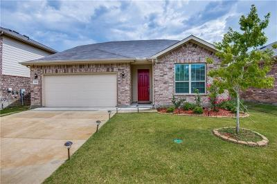 Denton Single Family Home For Sale: 5612 Dolores Place