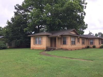 Freestone County Single Family Home For Sale: 550 E Main Street