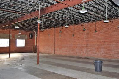 Corsicana Commercial For Sale: 100 S Beaton Street
