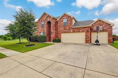 Fort Worth Single Family Home For Sale: 11816 Moorhen Circle