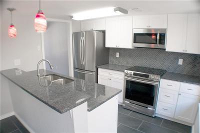 Dallas, Fort Worth, Highland Park Condo For Sale: 8560 Park Lane #111