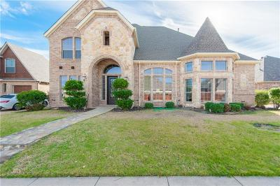 North Richland Hills Single Family Home For Sale: 8008 Oak Knoll Drive