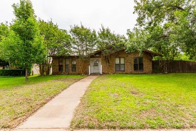 Plano Single Family Home For Sale: 3200 Castle Drive