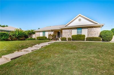 Watauga Single Family Home For Sale: 6417 Patsy