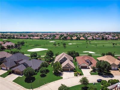Denton Single Family Home For Sale: 9005 Gardenia Drive