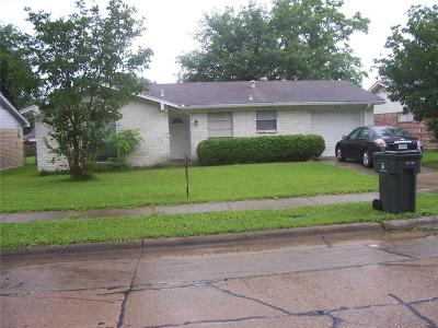 Garland Single Family Home For Sale: 902 Bay Shore