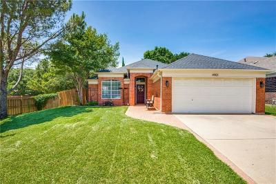 Flower Mound Single Family Home Active Option Contract: 4901 Cambridge Drive