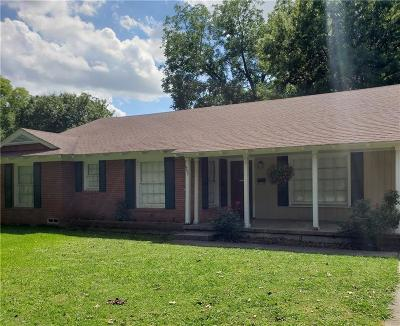 Cooke County Single Family Home For Sale: 907 S Rusk Street S