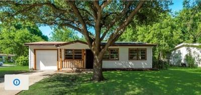 Farmers Branch Single Family Home For Sale: 2539 Wasina Drive