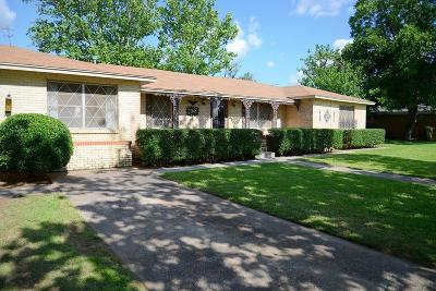 Montague County Single Family Home For Sale: 409 10th Street