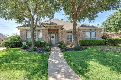Arlington Single Family Home For Sale: 3208 Hunter Cove Drive