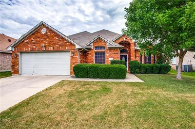 Haltom City Single Family Home Active Contingent: 5920 Ember Glen Drive
