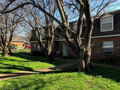 Tarrant County Multi Family Home For Sale: 3101 Rufe Snow Drive