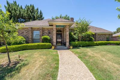 Bedford Single Family Home For Sale: 2629 Rollingshire Drive