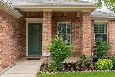Fort Worth Single Family Home For Sale: 4913 Ambrosia Drive