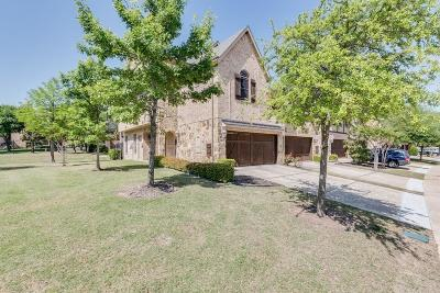 Euless Townhouse For Sale: 946 Brook Forest Lane