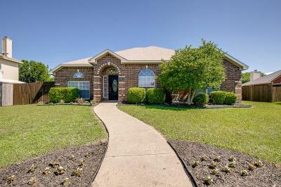 Rowlett Single Family Home For Sale: 7513 Bayhill Drive