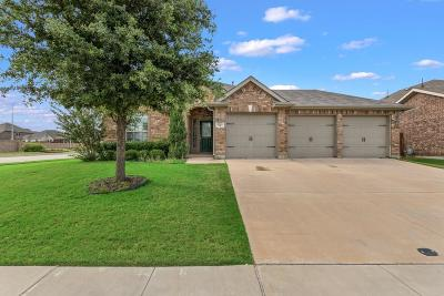 Fort Worth Single Family Home For Sale: 2501 Flowing Springs Drive
