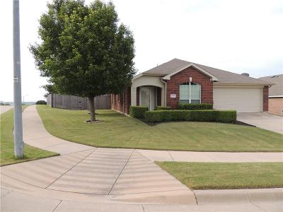 Benbrook Single Family Home For Sale: 10301 Nelson Drive