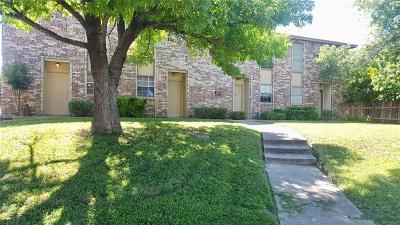 Benbrook Multi Family Home For Sale: 3833 Coates Circle