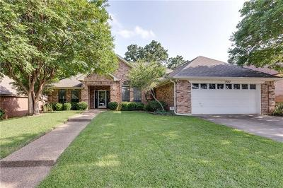 North Richland Hills Single Family Home For Sale: 7452 Oak Park Drive