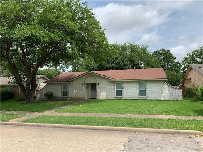 Garland Single Family Home For Sale: 1505 Travis Street