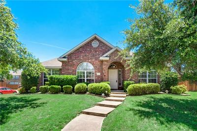 Rowlett Single Family Home For Sale: 6701 Amesbury Lane
