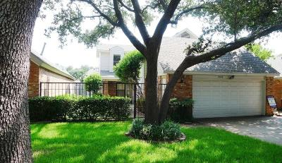 Addison Single Family Home For Sale: 4024 Rive Lane