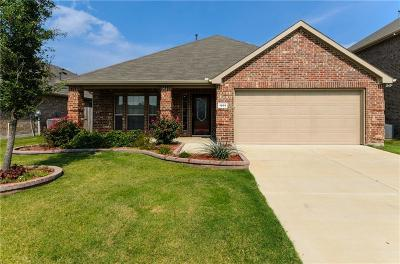 McKinney Single Family Home For Sale: 1005 Golden Bear Lane