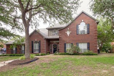 Denton Single Family Home Active Option Contract: 1136 Bent Oaks Drive