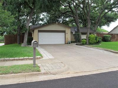 Euless Single Family Home For Sale: 1203 Shady Hollow