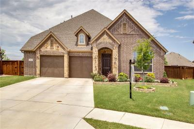 Fort Worth Single Family Home For Sale: 605 Rawlins Lane