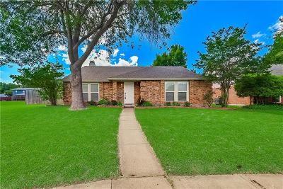 Garland Single Family Home For Sale: 3014 Majestic Court