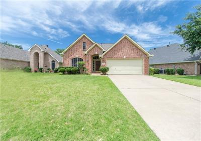Flower Mound Single Family Home For Sale: 6421 Eagle Creek Drive