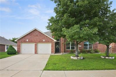 Fort Worth Single Family Home For Sale: 5045 Comstock Circle