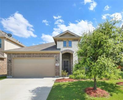 Fort Worth Single Family Home For Sale: 2500 Canyon Wren Lane