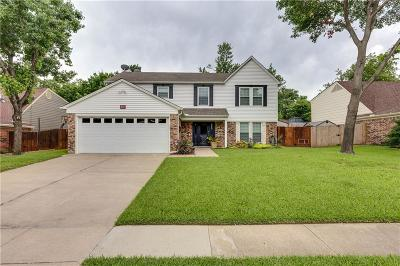 Euless Single Family Home For Sale: 200 Wooddale
