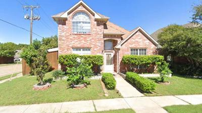 Single Family Home For Sale: 2701 Mum Drive
