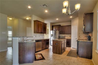 Cross Roads Single Family Home For Sale: 9120 Cross Oaks Ranch Boulevard