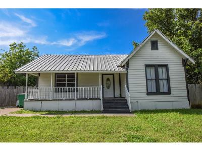 Erath County Single Family Home For Sale: 1004 E Hook Street