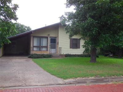 Eastland County Single Family Home For Sale: 520 Mesquite Street
