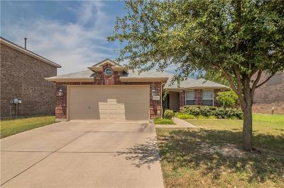 North Richland Hills Single Family Home For Sale: 6205 Dream Dust Drive
