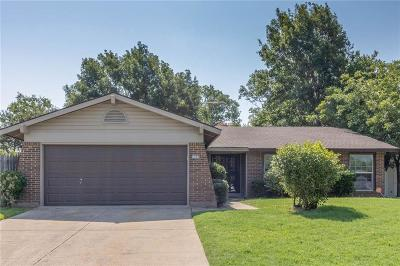 Euless Single Family Home For Sale: 1202 Douglas Street
