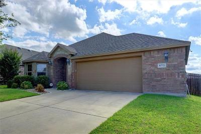 Fort Worth Single Family Home For Sale: 8772 Regal Royale Drive